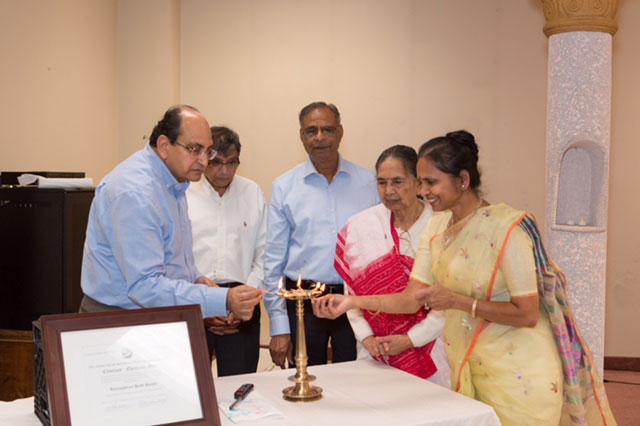 Deep Prajjwalan - Ajay Chadda, Manhar Shah, Lal Jagita, Sushila Mohanka & Dr. Shahil Jain