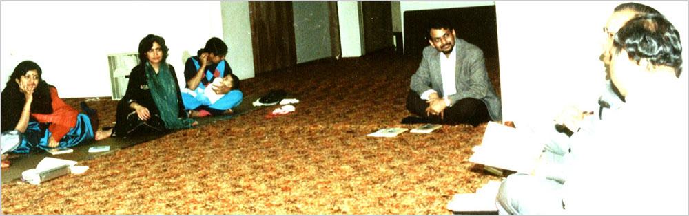 १९८७ में सिनसिनाटी, ओहायो में आयोजित एक हिन्दी गोष्ठी