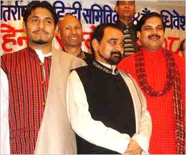 २००८ कवि सम्मेलन के कवि डॉ. सुनील जोगी, डॉ. सुरेश अवस्थी और श्री गजेन्द्र सोलंकी