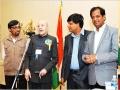 ३० अप्रैल २०११: क्लीवलैंड कवि सम्मेलन में मुख्य अतिथि श्री केशरी नाथ त्रिपाठी, अध्यक्ष श्री गुलाब खंडेलवाल, तथा डा॰ कमल मुसद्दी का कविता पाठ सुनते हुए मंच पर तीन अतिथि कवि श्री सर्वेश अस्थाना, डा॰ प्रवीण शुक्ल, एवं डा॰ विष्णु सक्सेना; नीचे: श्रोतागण
