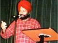 सितम्बर २००३ कवि सम्मेलन में हास्य कवि मंजीत सिंह
